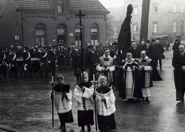begrafenisrobertmagnee-20120515-210123